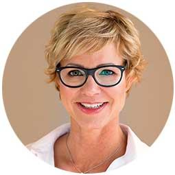 Kosmetikerin Nicola Schröder aus Düsseldorf